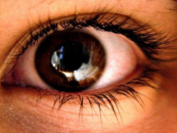 Hábitos que dañan tu retina