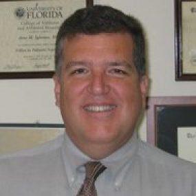 Dr. José Horacio Iglesias Iraheta