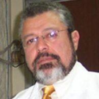 Dr. Víctor M. Quintanilla