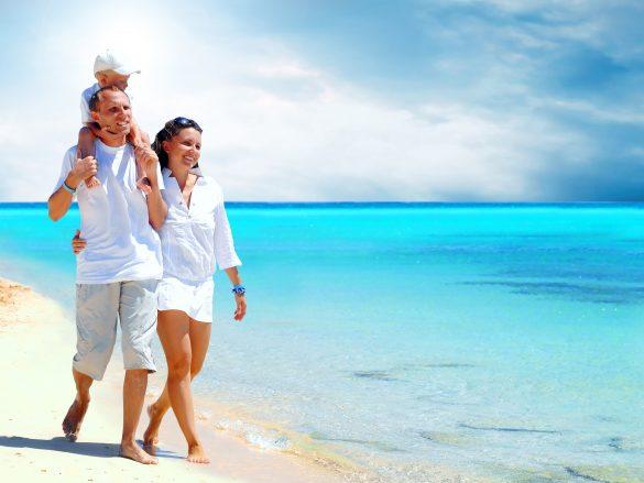 ¡Cinco tips para cuidar tus ojos en vacaciones!